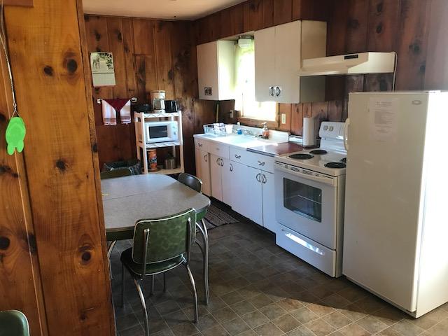 siskiwit-river-cabins-3